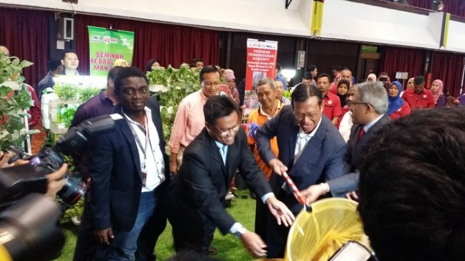 NIGERIAN LECTURER DEVELOPS NEW TILAPIA HYBRID UNVEILED IN MALAYSIA